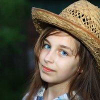 Старая шляпа пригодилась! :: виктория Скрыльникова