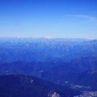 Взгляд на земную синеву из небесной... :: M Marikfoto