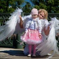 И ангел белыми крылами закрыл меня от суеты... :: Dimm Ice