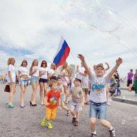Пузыри.День молодёжи в Сургуте. :: Алексей Хаустов