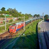 Скорый поезд номер 4, сообщением  Москва - Пекин, прибывает на ст. Иркутск Пассажирский :: Алексей Белик