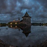 Ночной Кром :: Роман Дмитриев