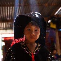 Портрет девочки в национальном костюме... Мьянма... :: Alexey Terentyev