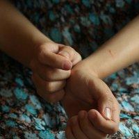 Руки :: Katty Fox