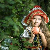 Красная шапочка :: Вадим Белов