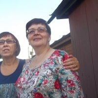 Две училки-школьные подружки :: Владимир Ростовский