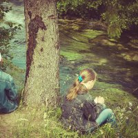 Под сосной у реки :: Анна Никонорова