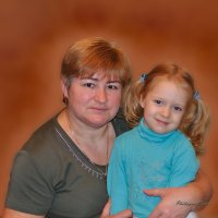 Бабушка с внучкой :: Виктор (Victor)