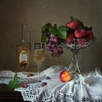 Из серии История вазы с фруктами :: Ирина Приходько