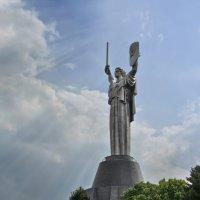 "Монумент ""Родина-мать"" :: Александр Л......"