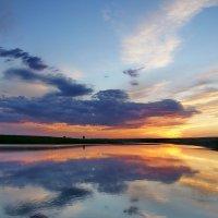Степное озеро. Закат :: Виктор Четошников