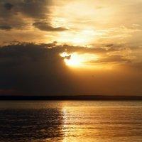 закат на Волге :: Наталья Барышева
