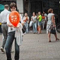 Красный шарик :: Татьяна Губина