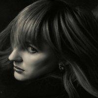 Monochrome portrait of a girl. :: krivitskiy Кривицкий