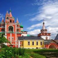Звонница, Троицкая надвратная церковь :: mila
