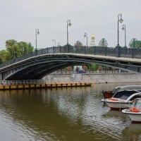 Пешеходный Третьяковский ( Лужков ) мост...2 :: марк