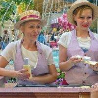 День мороженого в ГУМе :: Евгений Кривошеев