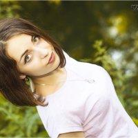 Девушка в зелени :: Анна Тяблина