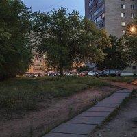 Вечерние улочки Нововоронежа :: Юрий Клишин