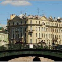 Доходный дом Н. П. Ферзена :: Владимир Гилясев