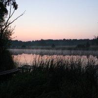 Рассвет на реке :: Meriguan91 Николай