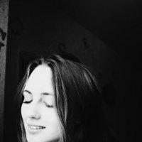Your :: Sofya Neskromnih