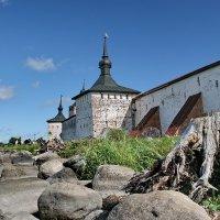 Много повидавшие стены ... :: Александр Сивкин
