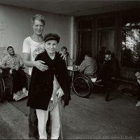 Шахматная Партия в Доме Инвалидов для Душевнобольных :: Андрей Пашис