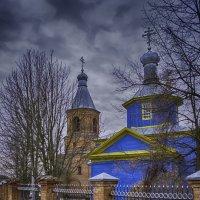 старинная церковь :: Алексей Жариков