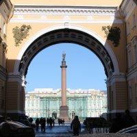 Вид на Дворцовую пл. :: Мария Егорова