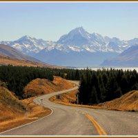 Голубые очертания горы Кука :: Евгений Печенин