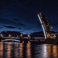 развод мостов :: Григорий Храмов