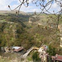 Вид со скалы на Замок Коварства и Любви :: Юлия Говорова