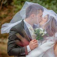 поцелуй на ветру :: Валерий Худушин