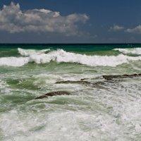 Средиземное море у берега Яффо :: Lidiya Dmitrieva