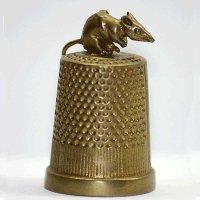 Мышка на наперстке :: romadrom Романов