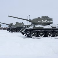 Советские танки в Прохоровке :: Роман Снегов