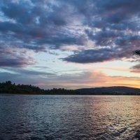 Вечер на реке :: Сергей Щербаков