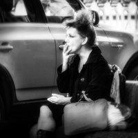 Чужая жизнь.. :: лариса
