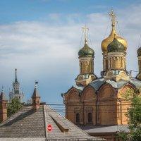 Купола и шпили :: Валерий Пегушев