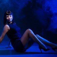 Черное и синее :: Светлана Корнева