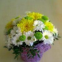 Корзинка с цветами :: Сергей Карачин