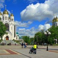 Все дорожки ведут к храму... :: Сергей Карачин