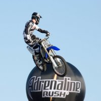 Летающий мотоциклист :: Alexey Lipchanskiy