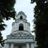 Белой колокольни высота — Прямо до Господнего Креста :: Олег Рябич
