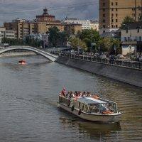 По реке :: Elena Ignatova