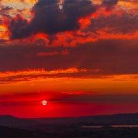 Закат в горах :: Ардалион Иволгин