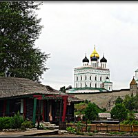 "Кафе ""Изба"" на фоне Троицкого собора (HDR) :: Fededuard Винтанюк"