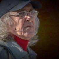 Портрет фотохудожника Эдуарда Тевосова. :: Валерий Трусов