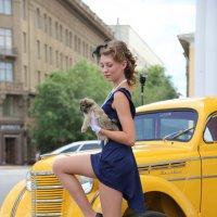 Дама с собачкой :: Alexander Varykhanov